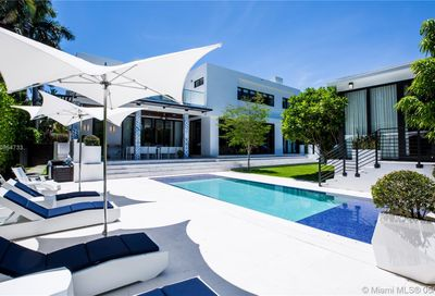 115 Venetian Way Miami Beach FL 33139