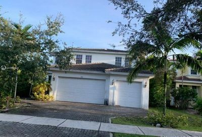 3081 SW 44th Ct Dania Beach FL 33312