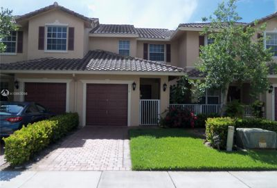 3178 Fairway Cir Davie FL 33328