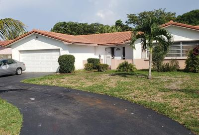 3701 NW 108th Dr Coral Springs FL 33065
