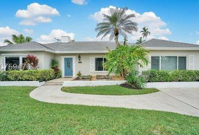 261 NW 11th Ave Boca Raton FL 33486