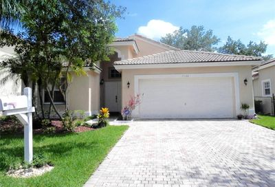 8528 NW 46th Dr Coral Springs FL 33067