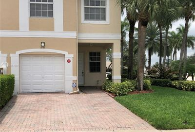 11701 NW 47th Dr Coral Springs FL 33076