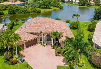 21663 Fall River Dr Boca Raton FL 33428