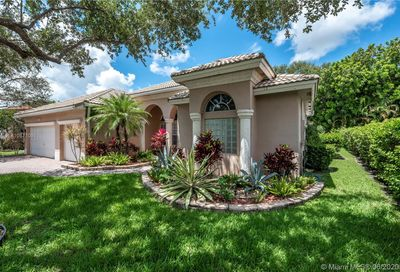 5024 NW 57th Way Coral Springs FL 33067