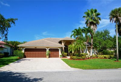 4917 NW 110th Ter Coral Springs FL 33076