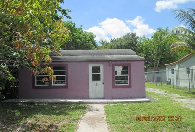 574 NW 98th St Miami FL 33150