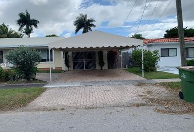 2155 NE 124th St North Miami FL 33181