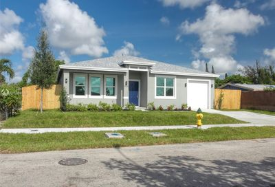 2623 NW 18th Ter Oakland Park FL 33311