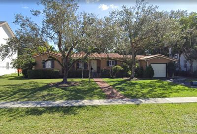 5864 SW 27th St Miami FL 33155