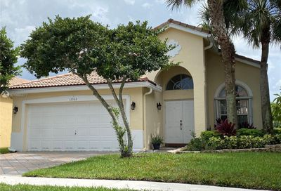 12368 NW 54th Ct Coral Springs FL 33076