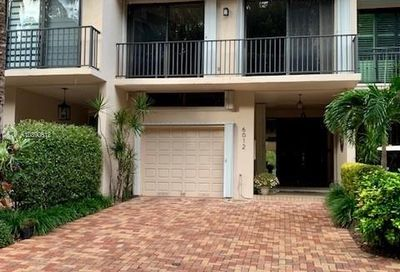6012 Paradise Point Dr Palmetto Bay FL 33157