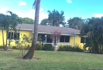 1383 NE 34th Ct Oakland Park FL 33334