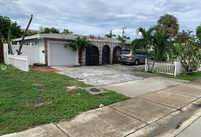 1841 NE 42nd St Pompano Beach FL 33064