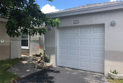 4321 SW 72nd Ter Davie FL 33314