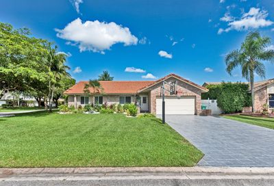 541 NW 113th Ter Coral Springs FL 33071