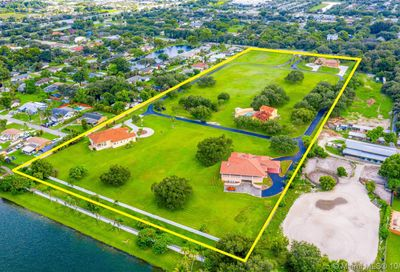 4190 SW 75th Cir E Davie FL 33314