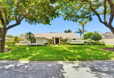 5000 NW 83rd Ln Coral Springs FL 33067
