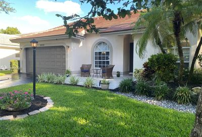 10330 NW 48th Ct Coral Springs FL 33076
