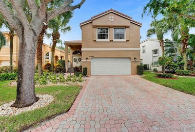 11457 NW 49th Dr Coral Springs FL 33076