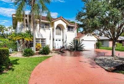 4957 NW 48th Ave Coconut Creek FL 33073