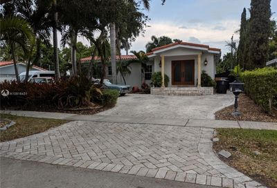 2020 Alamanda Dr North Miami FL 33181