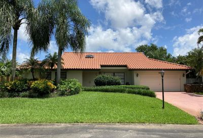 880 SW 88th Ter Plantation FL 33324