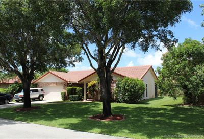7111 NW 42nd Ct Coral Springs FL 33065