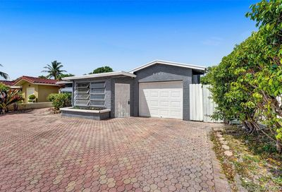 3751 NE 16th Avenue Pompano Beach FL 33064