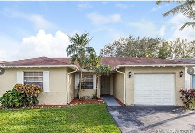 14730 Cedar Creek Pl Davie FL 33325