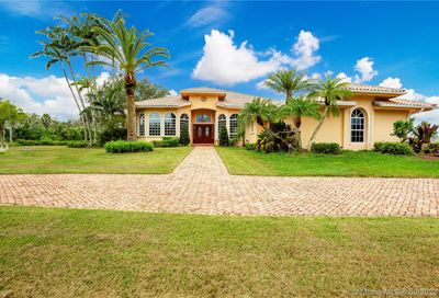 5879 SW 178th Ave Southwest Ranches FL 33331