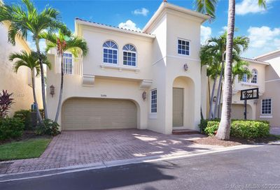 3098 NE 210th Terrace Aventura FL 33180