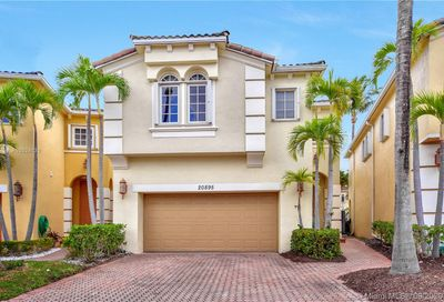 20895 NE 30th Pl Aventura FL 33180