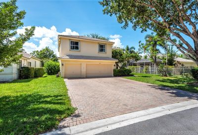 4967 NW 52nd Ave Coconut Creek FL 33073