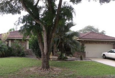5371 NW 58th Ter Coral Springs FL 33067