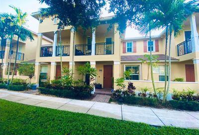 4651 Mimosa Ter Coconut Creek FL 33073