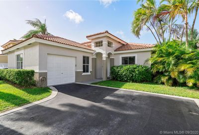 4761 NW 5th Ct Coconut Creek FL 33063