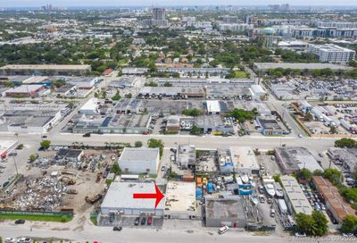 718 NW 7th Ter Fort Lauderdale FL 33311