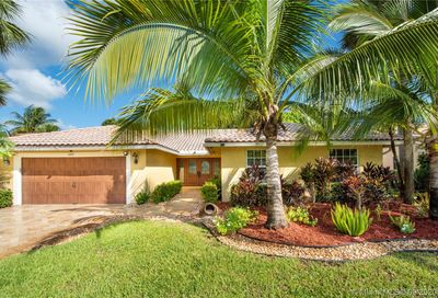 12101 NW 2nd Dr Coral Springs FL 33071