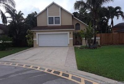 5580 SW 98th Way Cooper City FL 33328