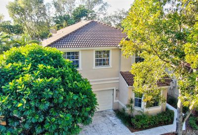 10849 NW 46th Dr Coral Springs FL 33076