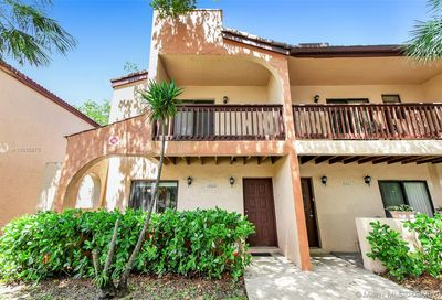 10313 NW 33rd St Coral Springs FL 33065