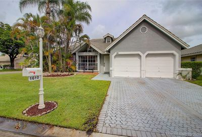 1610 NW 106th Ln Coral Springs FL 33071