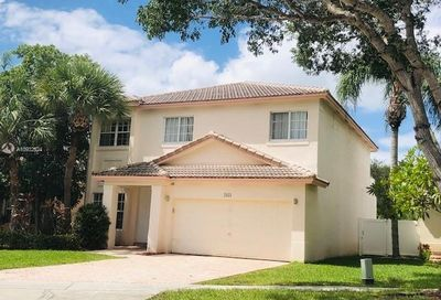 2034 NW 171st Ave Pembroke Pines FL 33028