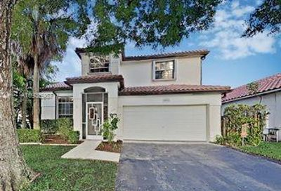 5501 NW 50th Way Coconut Creek FL 33073