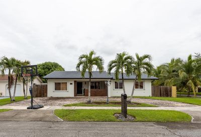 2905 SW 108th Pl Miami FL 33165