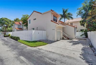 3840 Lombardy St Hollywood FL 33021