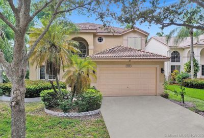 5510 Lake Tern Pl Coconut Creek FL 33073