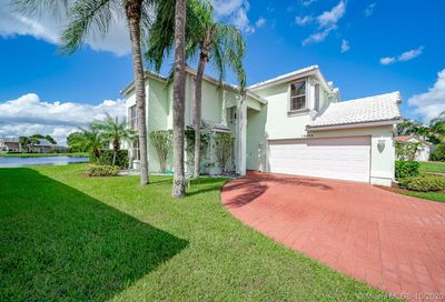 10680 Plainview Cir Boca Raton FL 33498