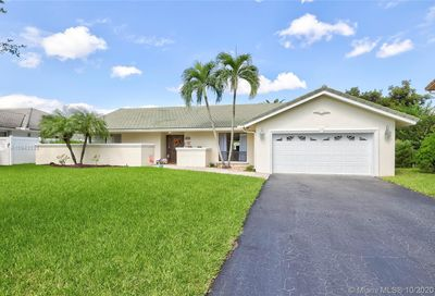 10919 NW 17th Pl Coral Springs FL 33071